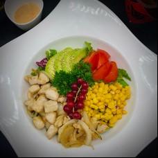 Salade au poulet et avocat